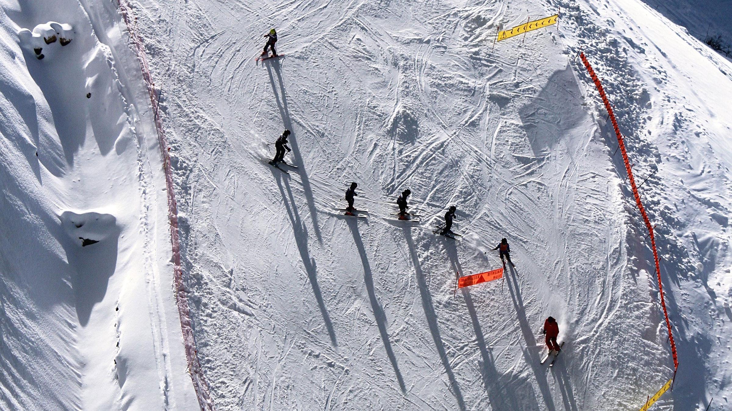 Ski/Snowboard Lessons & Childcare